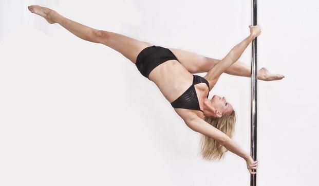 w621_Pole-Dancing-1