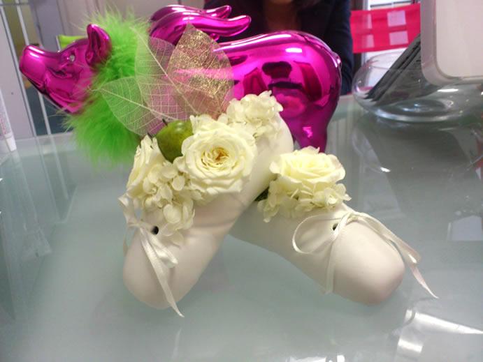 バレエシューズにお花